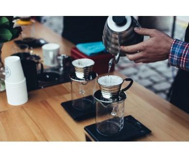 Продается бизнес: работающее кафе в центре Киева