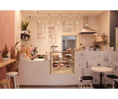 Продается бизнес: пекарня-кофейня в центре Киева